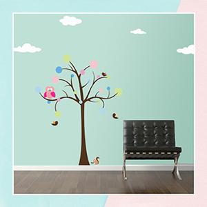Owl on a polka dot tree Wall Sticker